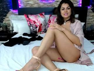 Username: Annya_. Age: 31. Online: 2020-04-02. Bio: british milf camgirl from England, New Hampshire. Speaking English. Live sex show: squirting after some hot live cam action with toys